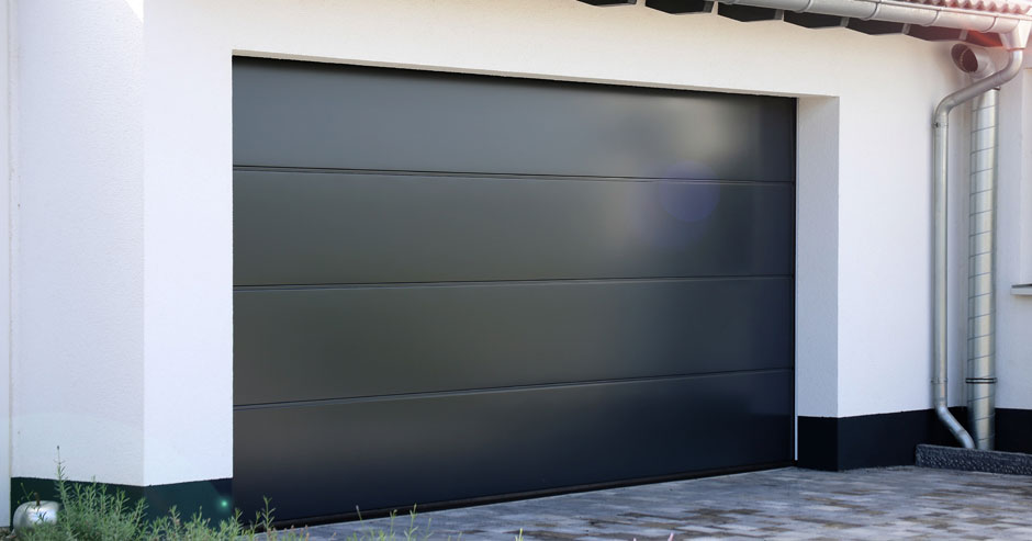 Garage door installer Briarcliff Manor New York