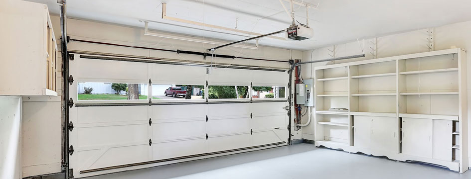 Garage door repair in Irvington New York